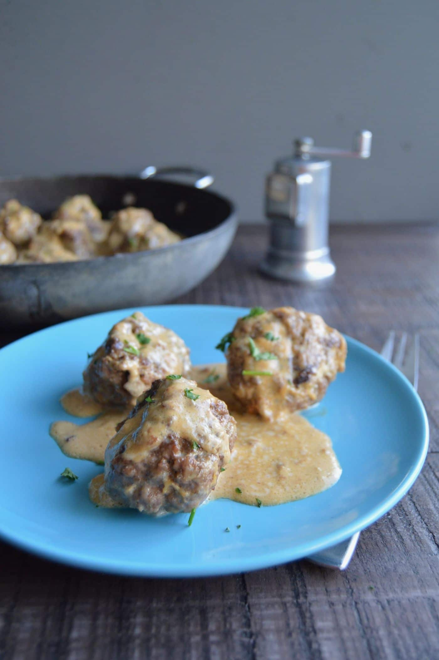 Authentic Swedish Meatballs (IKEA copycat) can be ready to serve in 30 minutes which makes them perfect for last minute meals! Served in a creamy gravy and you only need pantry ingredients and ground beef to make them!