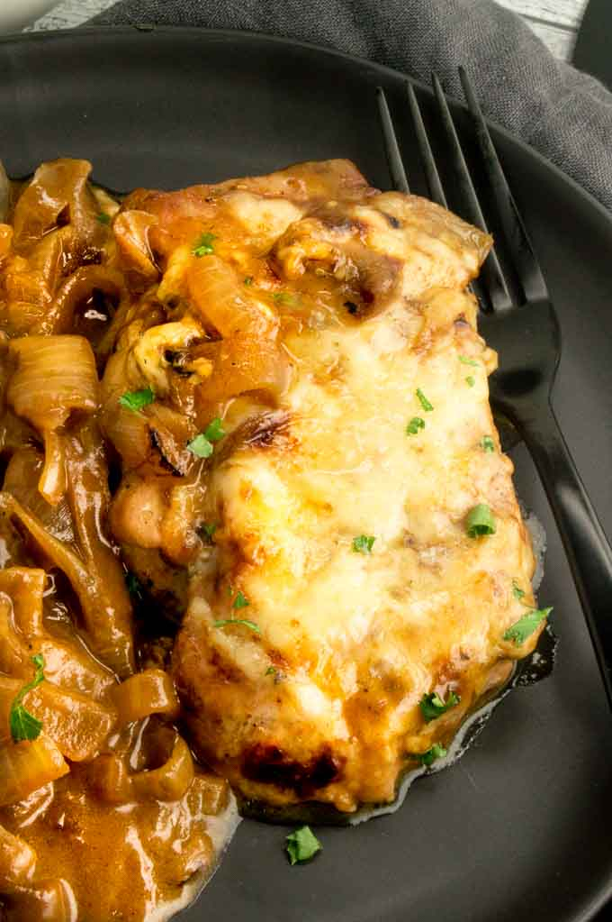 Individual serving of Smothered French Onion Chicken on a plate