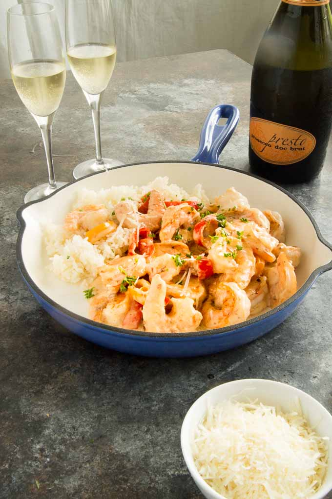 30 minute for easy dinner of shrimp Alfredo in a skillet