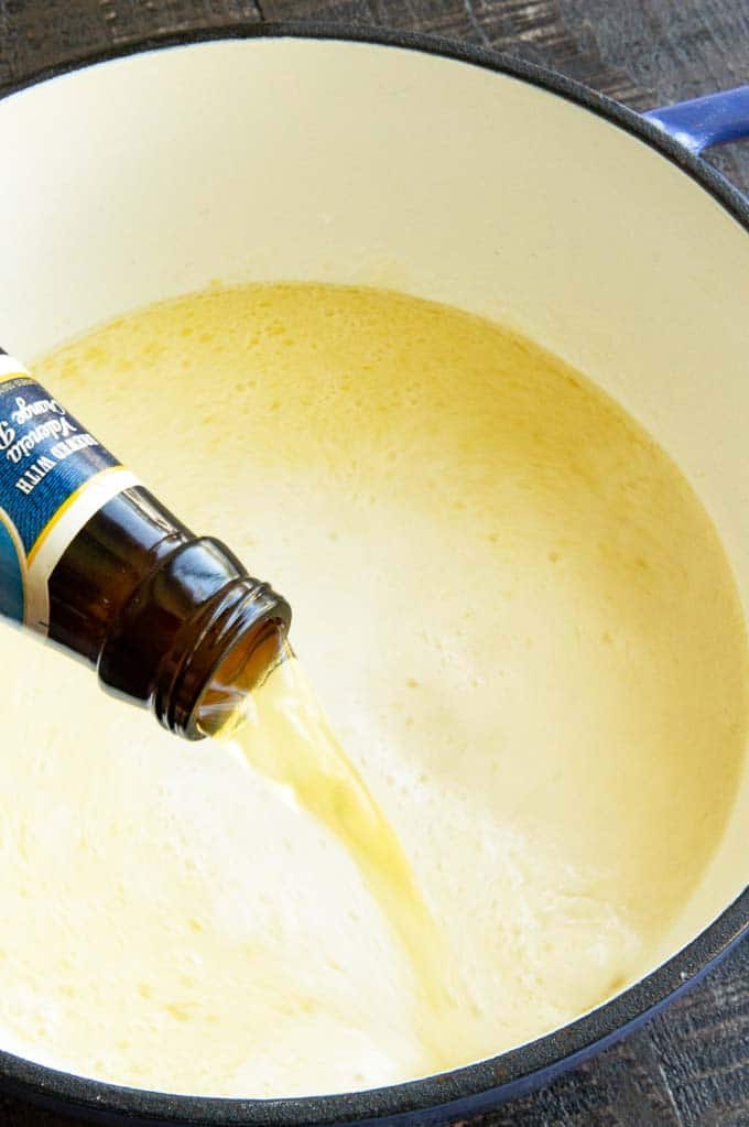 Adding beer to stockpot of milk roux