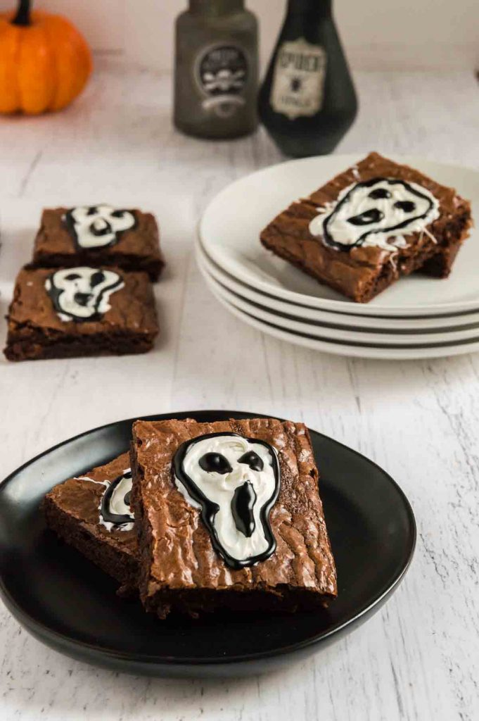 brownie decorated with a skull
