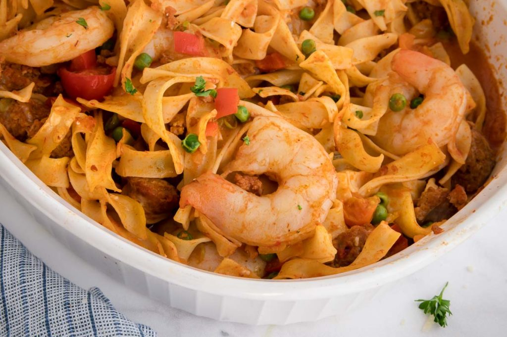 close up of the shrimp in paella noodles